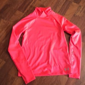 Under Armour girl's top size M